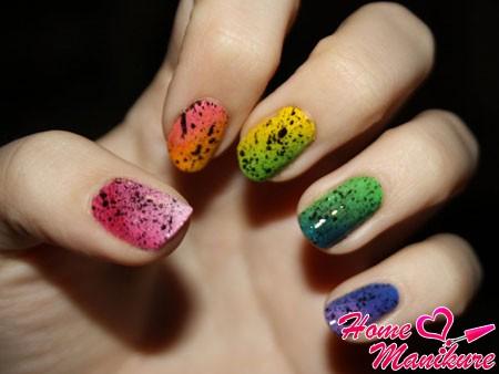 Эффектные дизайны ногтей