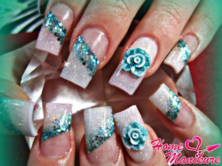 стильный вариант зимнего дизайна ногтей