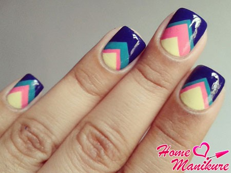 stylish geometric design nails