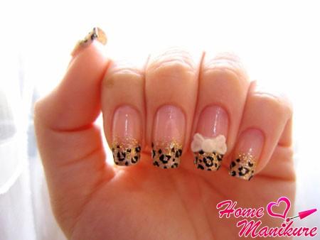 стильный леопардовый френч с золотыми блестками