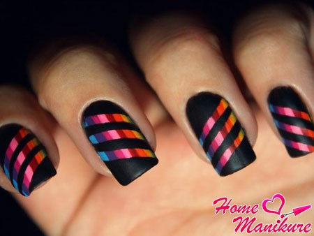 bright diagonal stripes on matte nails