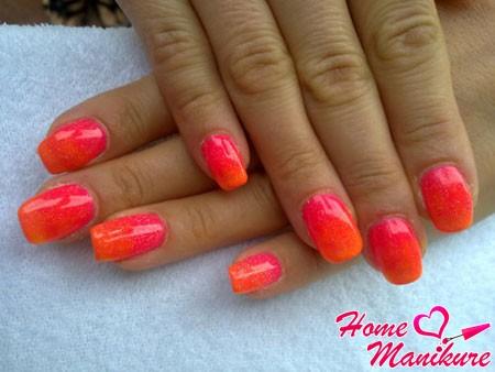 яркий и модный дизайн ногтей гель лаками