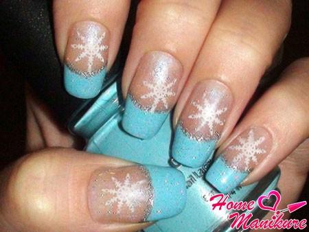 зимний голубой френч со снежинками