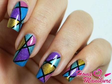 крупная мозаика на ногтях