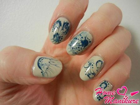 классные рисунки на ногтях иголкой