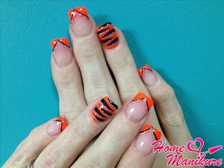оранжево-черный тигровый нейл-арт