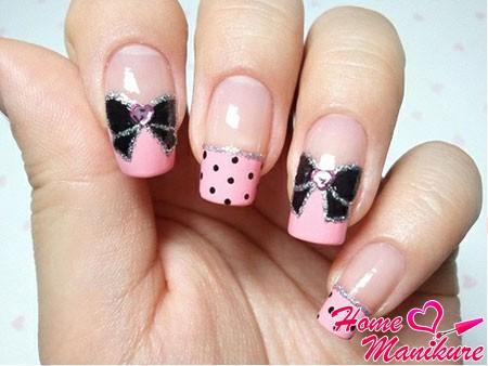 розовый френч с черными бантиками и серебряными блестками