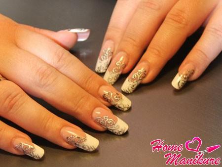 серебряное литье на ногтях