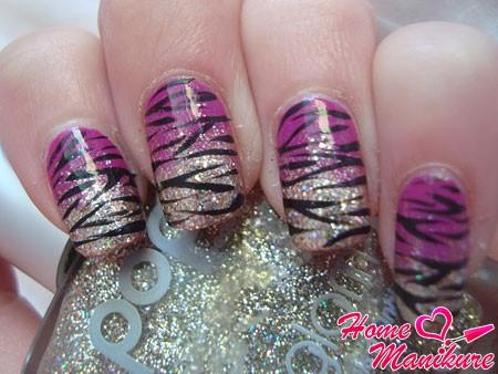 цветная вариация дизайна ногтей с зеброй