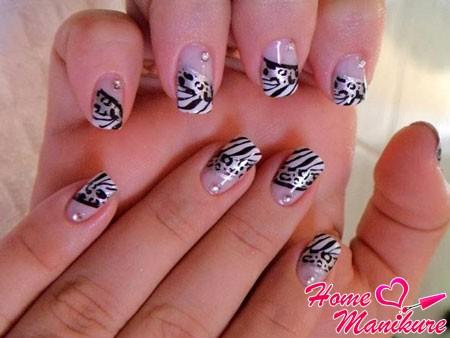 дизайн нарощенных ногтей с животным принтом