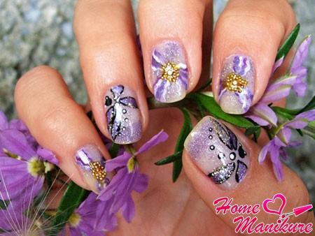 флористический маникюр со стрекозой