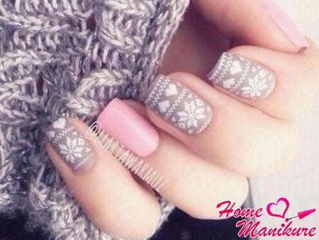 гармоничное сочетание серого и пастельно-розового