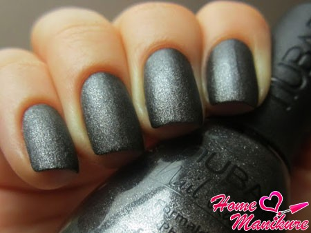 глубина мокрого асфальта в дизайне ногтей