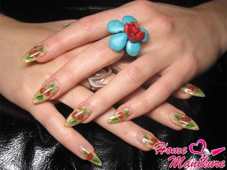 красивый аквадизайн ногтей с маками