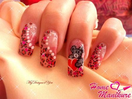 красивый рисунок мишки с сердцем на ногтях
