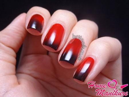 Дизайн ногтей красно чёрный фото