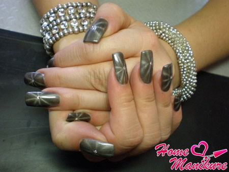 магнитный дизайн ногтей в форме звездочки