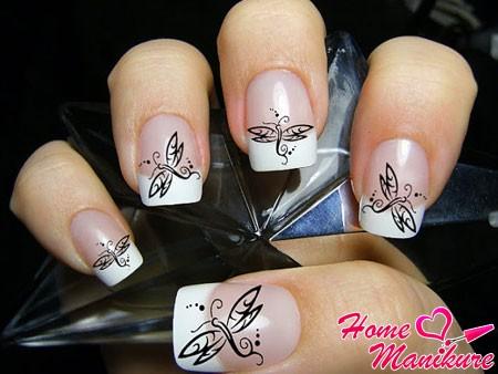 наклейки для ногтей с изображением стрекозы