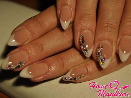 фото ногтей нарощенных ногтей френч с рисунком