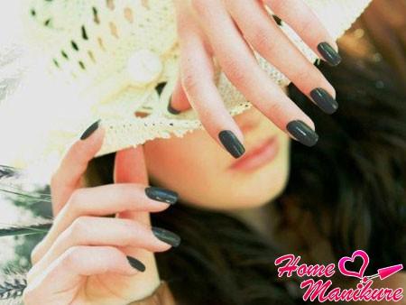 однотонные нарощенные биогелем ногти
