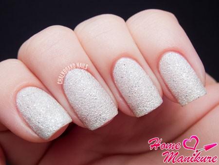 песочный лак на ногтях OPI Solitare