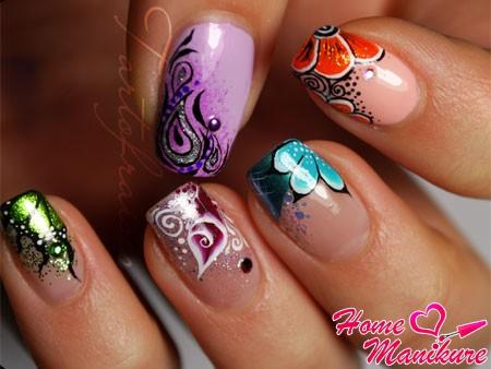 рисунки разных цветов на ногтях