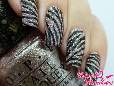 сахарный дизайн ногтей в стиле зебры