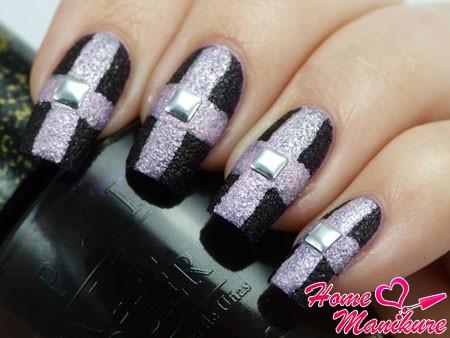 сахарный крест на ногтях