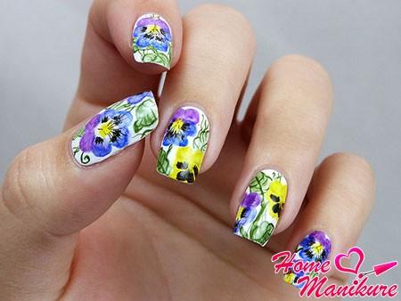 шикарная цветочная роспись ногтей для праздника