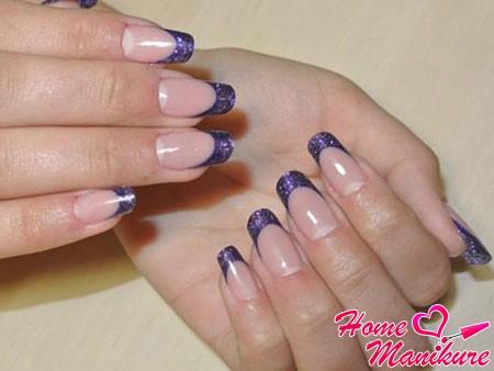 смоделированные гелем арочные ногти