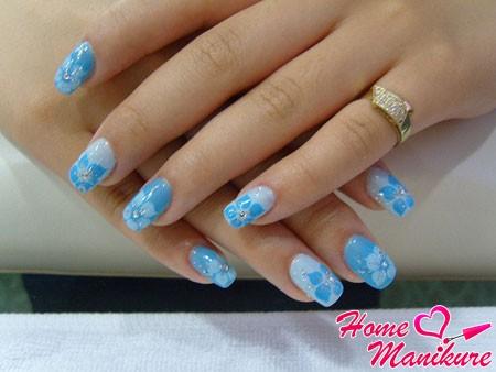 акриловые нарощенные ногти небольшой длины