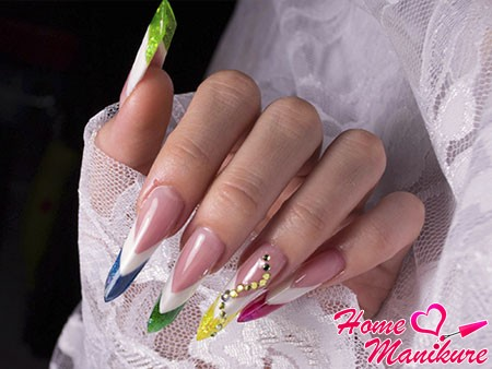two color jacket on nails Age