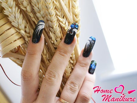 элегантные нарощенные ногти в темных тонах