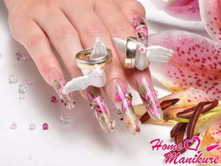 форма ногтей Пайп на руках невесты