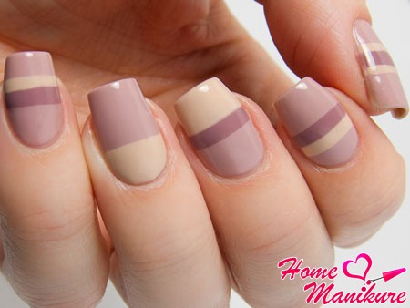 elegant geometric design nails in pastel colors