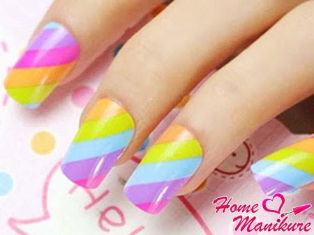классный радужный дизайн ногтей на лето 2014