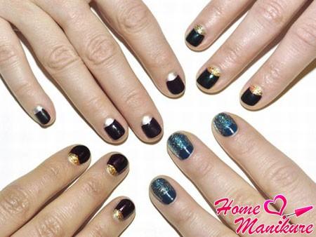 лунный дизайн округлых ногтей в темных тонах