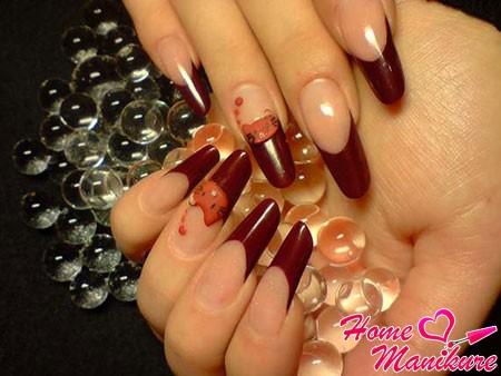 модные ногти Пайп в винном цвете