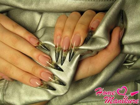 великолепные ногти стилет в готическом стиле