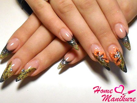 great design with almond-shaped nails modeling