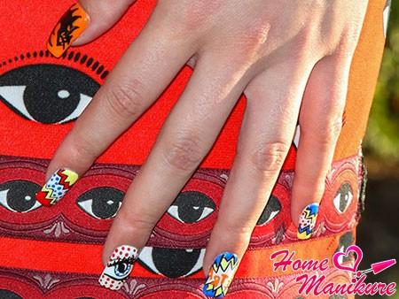 абстрактные и пестрые рисунки на ногтях