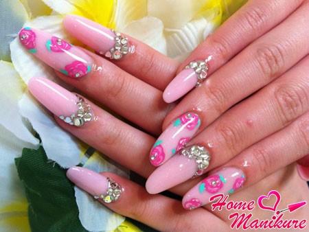 гелевые ногти с рисунками роз