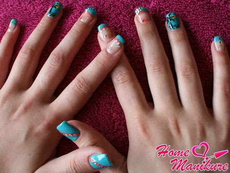 летний дизайн нарощенных биогелем ногтей