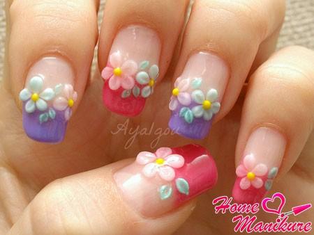 милая цветочная лепка на ногтях