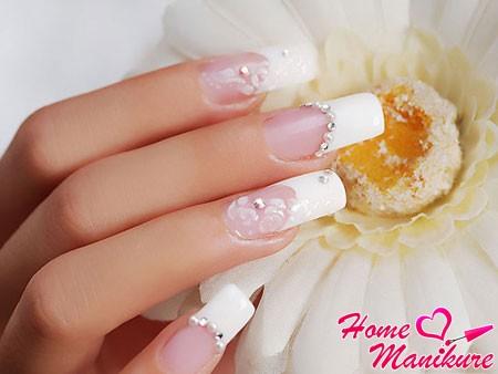 нарощенные ногти со стразами на свадьбу