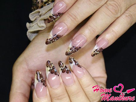 роспись нарощенных ногтей в леопардовом стиле