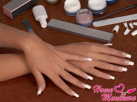 Моделирование ногтей на типсах