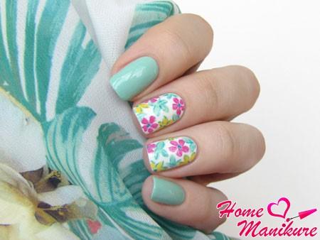модный пастельный дизайн ногтей лаками Golden Rose