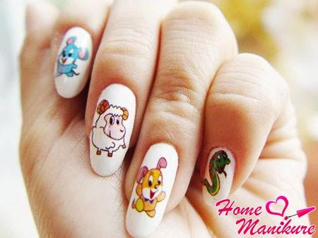 печать детских рисунков на ногтях