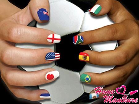 стильный дизайн ногтей на Чемпионат мира по футболу